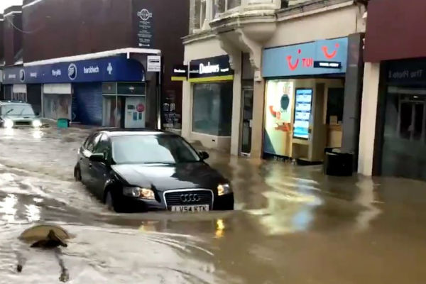 Storm Dennis: Flooded travel agencies shut up shop