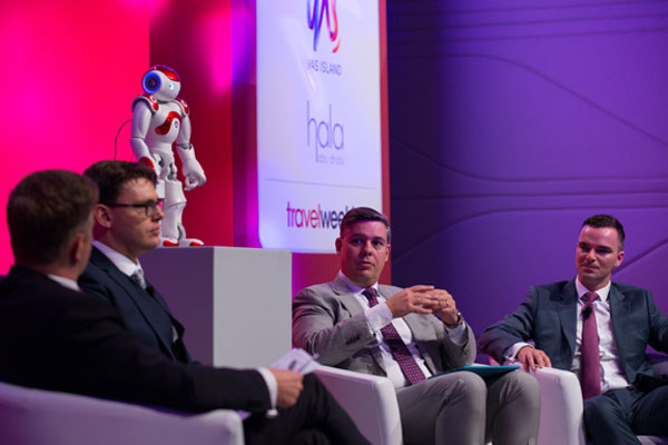 Travel Convention 2016: 'Robot revolution' on way finds Travelzoo research