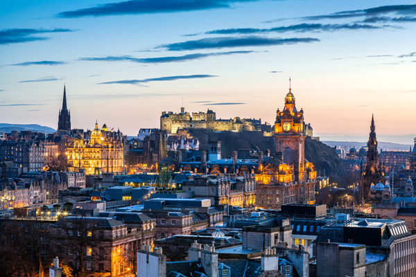 Edinburgh Council backs £2 tourist tax