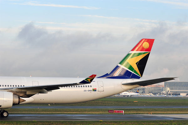 South African Airways cancels 38 flights amid cash crunch