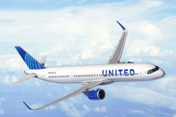 United orders 50 aircraft for transatlantic expansion