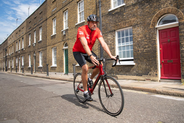 Radio DJ Jamie Theakston to take part in bike ride for Reuben's Retreat