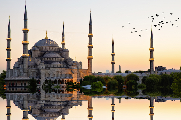 Turkey to scrap visas for UK tourists