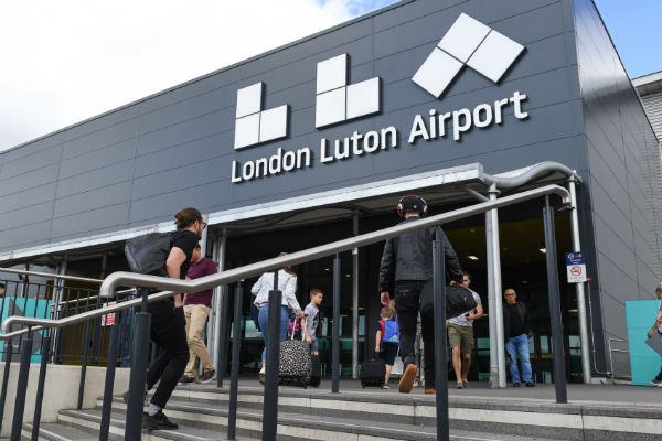 Luton airport cuts electric vehicle drop-off charge