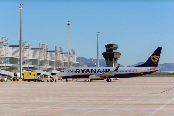 UK airlines add extra services to new Spanish airport