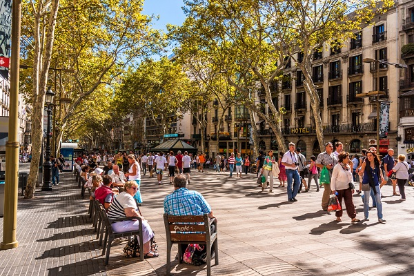 Covid-19 restrictions on movement imposed in Barcelona
