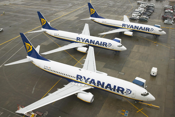 Ryanair backs government crackdown on drunken passengers