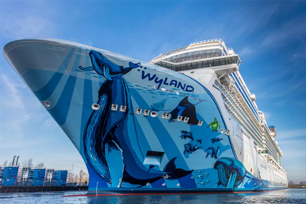 Buoyant bookings boost Norwegian Cruise Line Holdings