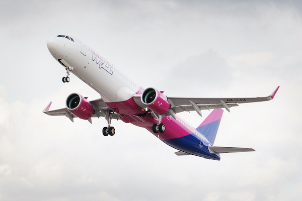 Wizz Air's Luton-Tenerife service ready for take-off