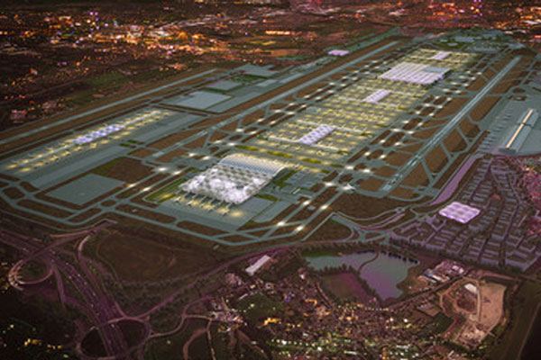 'Heathrow Hub' backers cut costs at eleventh hour