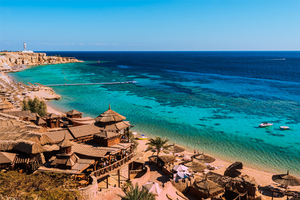 Tui holiday flight lands in Sharm el-Sheikh