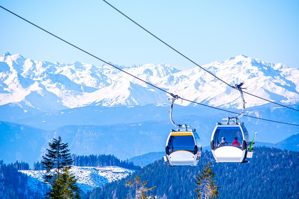 Skiers still holding out hope for the slopes this winter