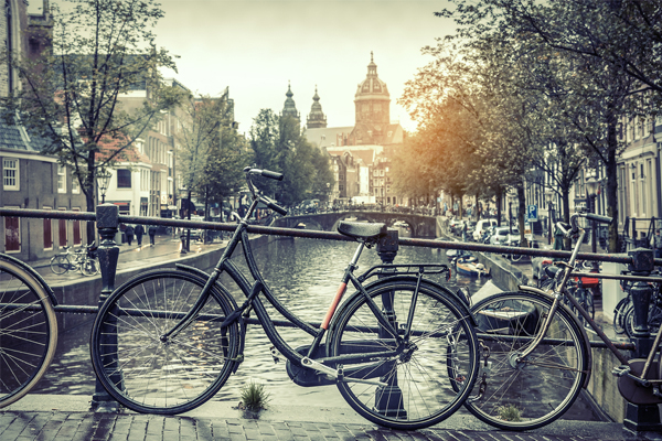 Tourism 'destroying' cities, says Amsterdam marketing head