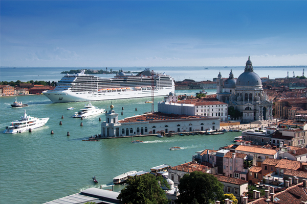 Cruise ships 'to be re-routed away from centre of Venice'