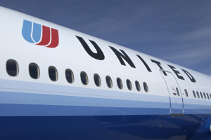 Coronavirus: United Airlines promises no job or pay cuts before October