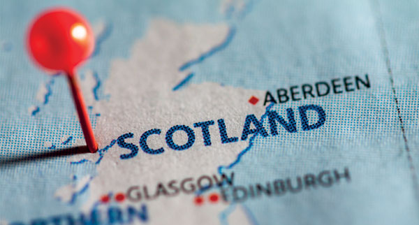 Scottish tourism businesses want Sturgeon to rule out closing border