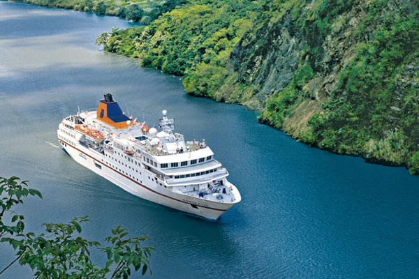Hapag-Lloyd Cruises to build two expedition ships