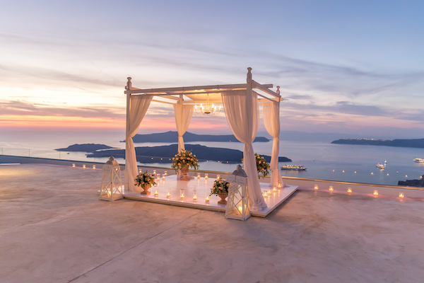 Santorini is top destination for Planet Weddings