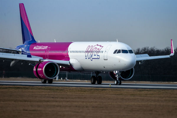 Wizz Air cuts emissions as fleet expands