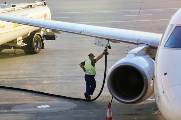 Call for government to invest £500m into sustainable aviation fuel