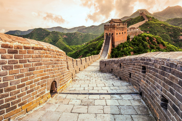 China restricts visitor numbers at Great Wall
