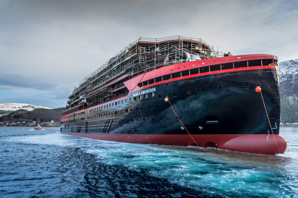 Roald Amundsen delay forces Hurtigruten to cancel inaugural season