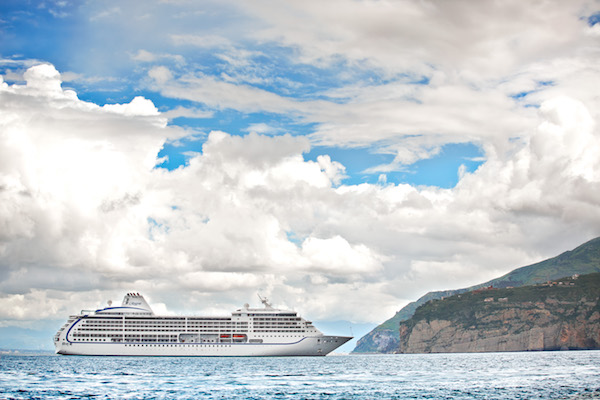 RSSC 2023 world cruise bookings 'shatter previous records'