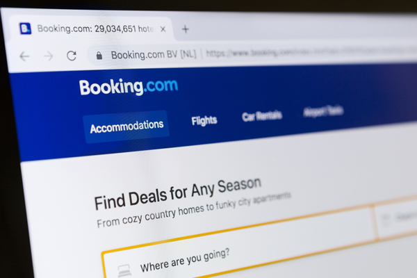 Amadeus signs Booking.com deal
