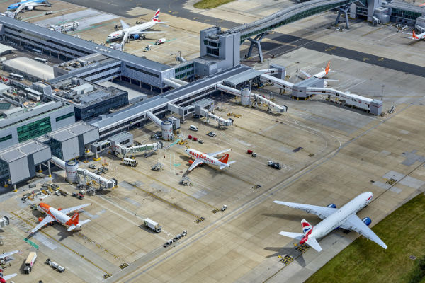 Updated: Gatwick flights resume following air traffic suspension