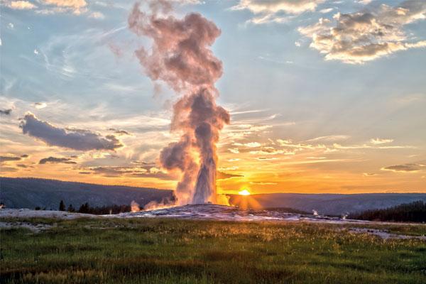 The best things to see and do in Yellowstone National Park