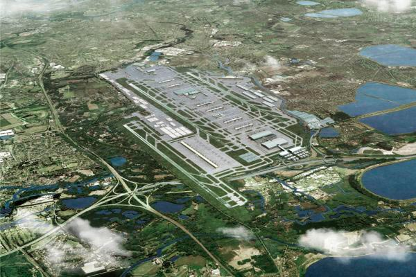 Opponents of third Heathrow runway go to High Court