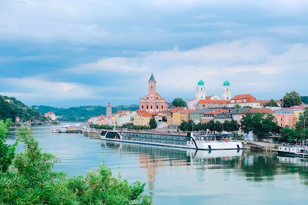 Danube detailed in latest AmaWaterways online agent training