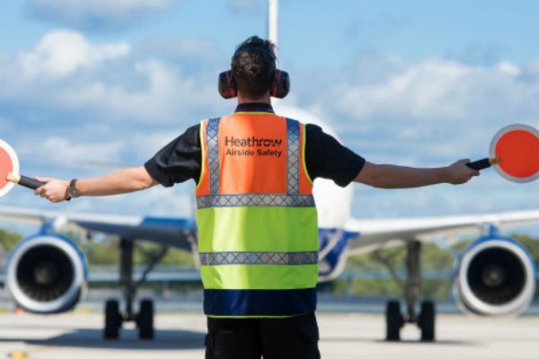 Strike looms as Heathrow bosses reject union pay plan