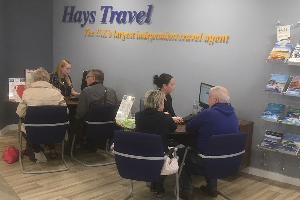 Travel agents battle to re-book Thomas Cook customers
