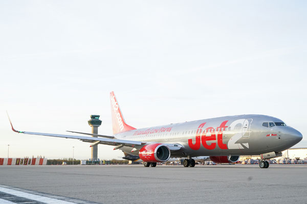 Jet2.com buys Thomas Cook slots at Birmingham, Stansted and Manchester