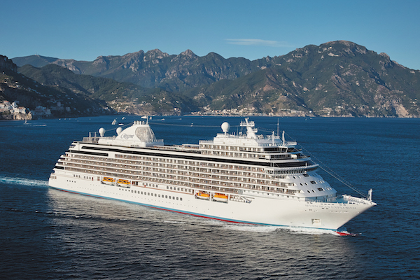 Agents hailed as Regent Seven Seas Cruises reports record booking day