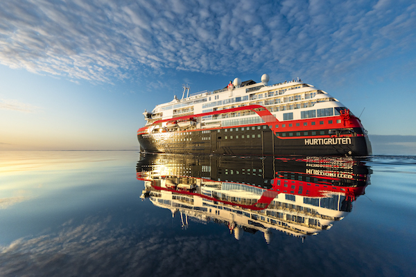 Hurtigruten 'in talks with government' over UK cruise plans