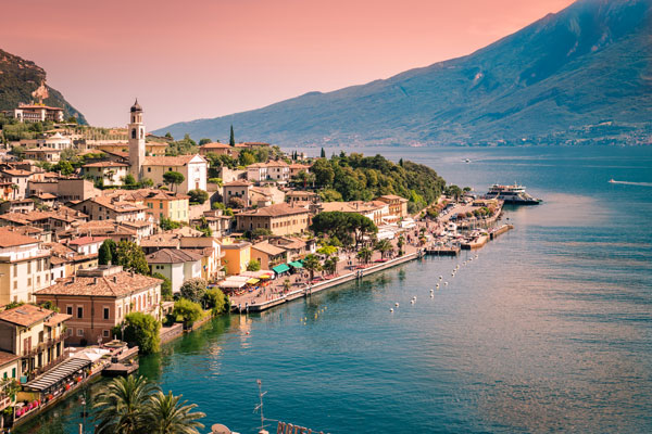 Experience la dolce vita on a tour of northern Italy