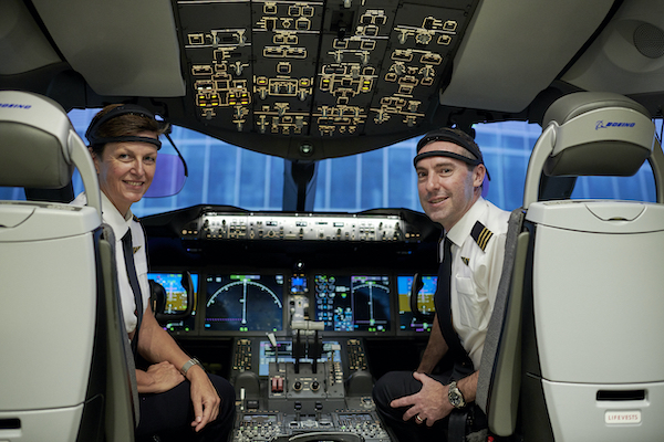 Qantas non-stop London-Sydney research flight takes off