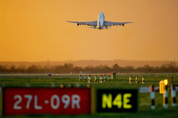 Renewed support call from UK airports 'losing £83m a week'