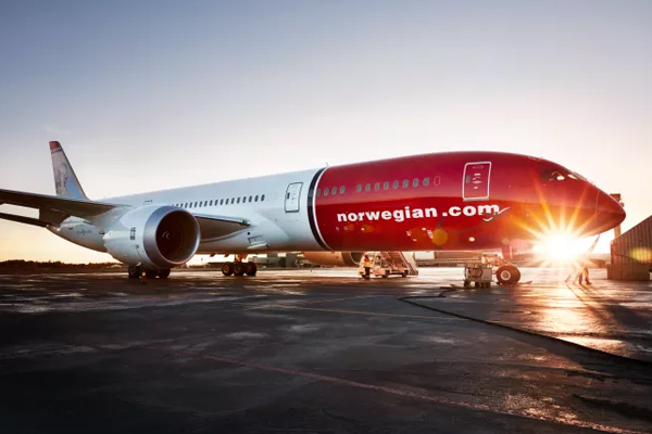Norwegian files for bankruptcy protection in Ireland