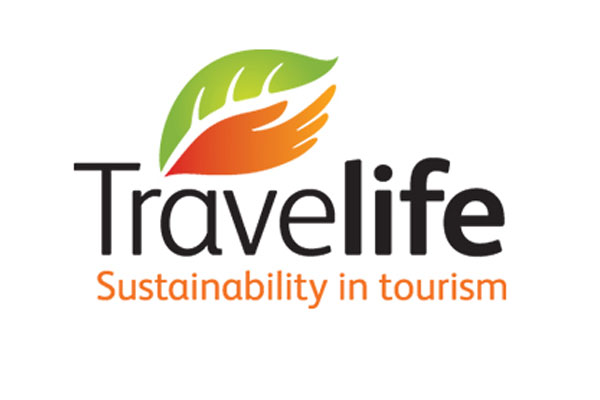 Travel sector urged to help combat climate change