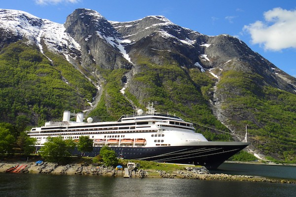 Fred Olsen Cruise Lines releases 2022 programme