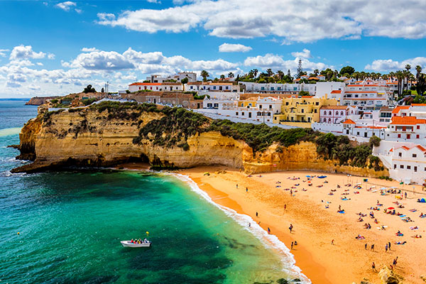 Portugal 'clear winner' of green list destinations