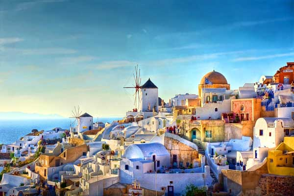 Hopes raised for holidays in Greece this summer