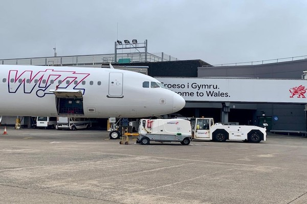 Wizz Air runs special flight for Wales football fans
