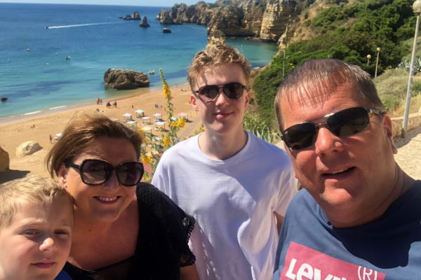 Restart report: An agent's account from the Algarve