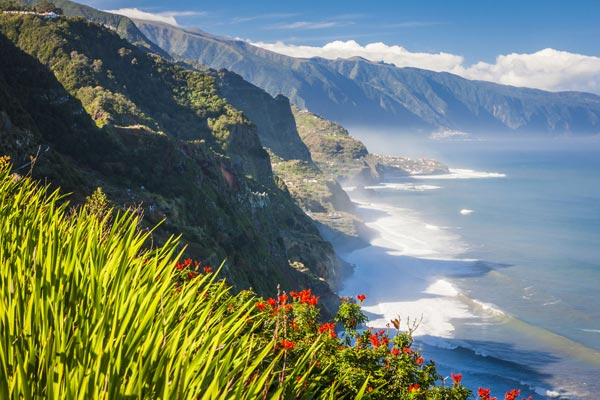 Madeira opens 'green corridor' for vaccinated tourists