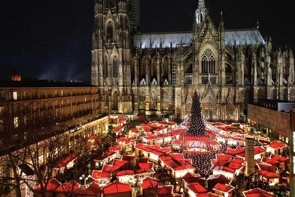 Jet2Citybreaks unveils eight festive market destinations