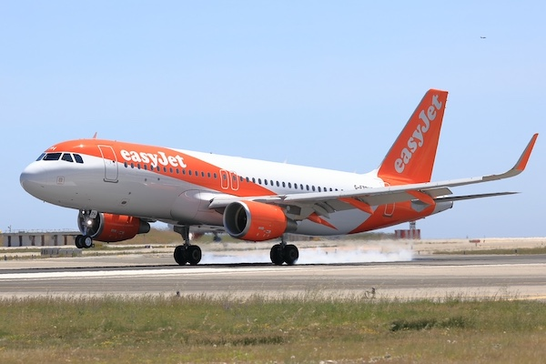 EasyJet resumes Bristol-Newcastle service